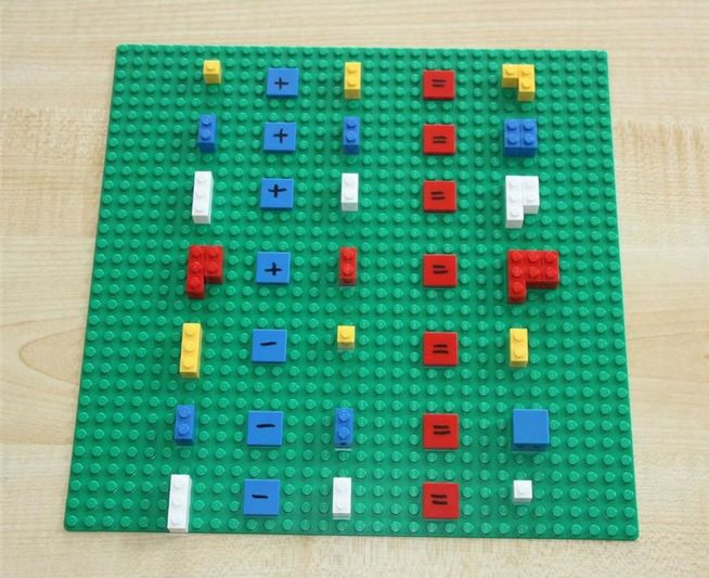 pizarra para aprender a sumar con piezas de lego
