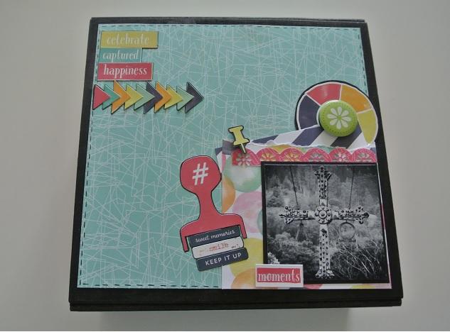 caja decorada con material de scrapbooking